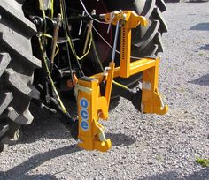 This patented 3 point hitch system fits to the tractors 3 point linkage and makes it possible to mount and dismount a 3 point implement directly from the tractor cab. This is a direct coupling system and no adaptor plate or bracket is needed for the implement side.The 3 point hitch hydraulically adjusts to suit