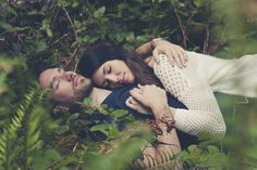Love in the forrest - Silver creek falls engagement shoot - Terra Lange Photography