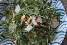ARUGULA HAZELNUT SALAD W/ FIG BALSAMIC 4 tbspns xtra virgin olive oil 2 tbspns balsamic vinegar 1 heaping tbspn fig jam 2 tbspns red onion minced salt & pepper 5 oz. (about 6 cups) arugula cup roasted hazelnuts & chopped cup shaved Parmegiano Reggiano ch How To Roast Hazelnuts, Fig Jam, Arugula Salad, Balsamic Vinegar, Seaweed Salad, Salad Dressing, Food For Thought, Green Beans