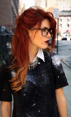 red ombre hair www. Burgandy ombre hair color idea - All For Hair Color Trending Burgandy Ombre Hair, Ombre Hair Color, Hair Color Balayage, Cool Hair Color, Red To Blonde Ombre, Magenta Hair, Blonde Brunette, Ombré Hair, New Hair