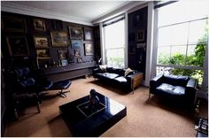 If you are a true chocoholic at heart and love a good design, this Portsea Place residence will definitely appeal  Eclectic in design, this old Georgian house sports an assorted classical interior with carpeted rooms that got acquainted with luxury. A dark mysterious place with interesting props, the chocolate London-type house is spread over four floors that add to its grace and elegance. May not be suited for the young bachelor but the building looks nothing short of cool, which is why it…
