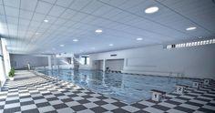 Controsoffitti per ambienti umidi e piscine: Thermatex Aquatec di Knauf AMF