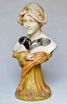 Porcelain Bust by ROYAL DUX Bohemia