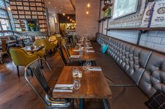 The Vintage Restaurant New York That Will Make Your Day Brighter! Vintage Industrial Decor, Industrial House, Vintage Home Decor, Industrial Style, Vintage Lighting, Vintage Style, Industrial Restaurant, Vintage Restaurant, Design Furniture