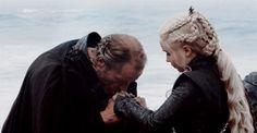Ser Jorah & Daenerys Targaryen - Game of Thrones - Season 7 Jorah The Andal, Ser Jorah, Daenerys And Jon, Game Of Throne Daenerys, Game Of Thrones Cosplay, Got Game Of Thrones, Game Of Thrones Images, Got Characters, Harry Potter