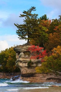Chapel Rock, Pictured Rocks National Lakeshore, Upper Peninsula of Michigan; photo by James Marvin Phelps Beautiful Places To Visit, Beautiful World, Places To See, Jamaica, Barbados, Places Around The World, Around The Worlds, Tres Belle Photo, Pictured Rocks National Lakeshore