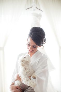 Stylish Winter Wedding in Chicago   Images by Jill Tiongco Photography   Via Modernly Wed   10