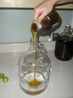 Not the prettiest pictures. but easy to and umm its mead! Brewing Recipes, Homebrew Recipes, Beer Recipes, Alcohol Recipes, Coffee Recipes, Homemade Wine Recipes, Homemade Liquor, Homemade Alcohol, Mead Wine