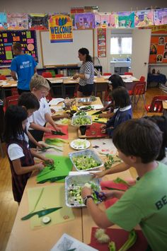 Getting to grips with lettuce in the LA pilot of the Learn Your Fruit & Vegetables program.