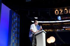 "Parney presenting the 2013 ""Parney Award"""