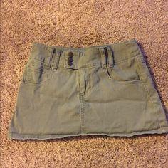 Mini green skirt. Mini green shirt Rewind  Skirts Mini
