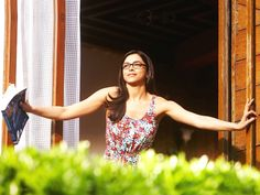 Check out the #travel style of #Bollywood #beauty Deepika Padukone...