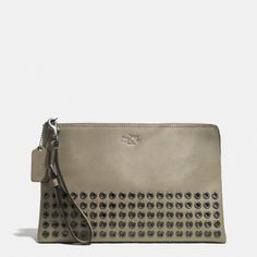COACH BLEECKER GROMMETS LARGE POUCH CLUTCH IN LEATHER - BLACK ANTIQUE NICKEL/OLIVE GREY