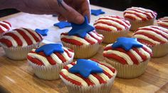 Cute fourth of july cupcakes!