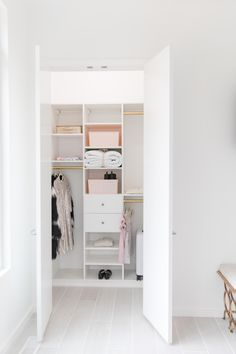 Make the most of your small space guest room closet! Small Closet Space, Reach In Closet, Small Space Storage, Small Closets, Small Spaces, Room Closet, Master Closet, Master Bedroom, California Closets