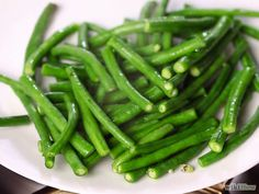 How to blanch green beans: I blanch my beans for 2.5 min for soft but crisp beans for toddlers