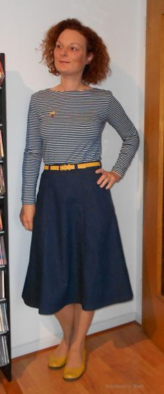 MeMadeMay 2015 - Day 15   Skirt: Simplicity 7277 Shirt: Burda 1/2011 Modell 123 #mmmay15