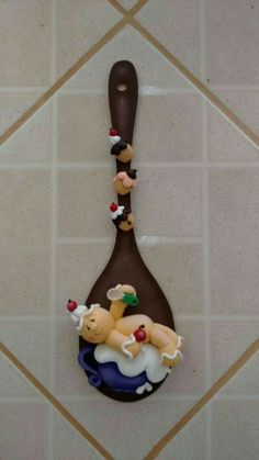Polymer Clay Figures, Polymer Clay Projects, Diy Clay, Clay Ornaments, Christmas Ornaments, Clay Cup, Polymer Clay Christmas, Clay Baby, Cute Clay