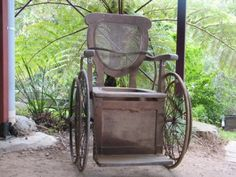 this is an old wheelchair from the 1950's which even had a hole in the seat to use it for the restroom