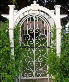 Wrought Iron Garden Gates Amazing Gates - Amazing backyards with iron gate Wrought Iron Garden Gates, Garden Gates And Fencing, Garden Doors, Metal Gates, Garden Arbor, Garden Archway, Tor Design, Gate Design, Beautiful Gardens