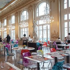 Le restaurant du musée d'Orsay, the former restaurant of the Hôtel d'Orsay, is still as magnificent as it was when it opened in 1900.