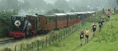 Essayer de battre un train, c'est tout un effort. Surtout dans la campagne galloise.