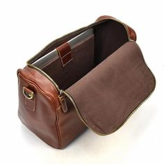 Men's Vintage Duffle Bag, Leather Travel Bag, Shoulder Bag 1002 – echopurse – Men's style, accessories, mens fashion trends 2020 Leather Craft, Leather Bag, Duffel Bag, Tote Bag, Travel Bags, Travel Plane, Food Travel, Travel Accessories, Messenger Bag