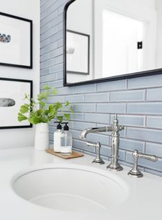 🛀DIY Small Bathroom Ideas Remodeling?#click #archiparti for toilet organisation, storage, interior design tips & hacks of Simple yet creative Small Bathroom Remodel & Renovation Inspiration,Modern,Storage,Repair,DIY,Kohler,Ideeen,Wall,Fancy,Vintage,Shelves,Old,Funny,Sign,Toto,Closet,Cartoon,Illustration,Meme,Black,Clogged,Cool,Inspiration,Tegels,Paper Roll…