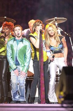 Britney Spears Justin Timberlake Throwback Pictures | Nothing Can Prepare You For These Britney and Justin Throwback Pics | POPSUGAR Celebrity Photo 20 Celebrity Couples, Celebrity Photos, Brithney Spears, Britney Spears Justin Timberlake, Dance Marathon, Throwback Pictures, Britney Jean, Famous Couples, Aerosmith