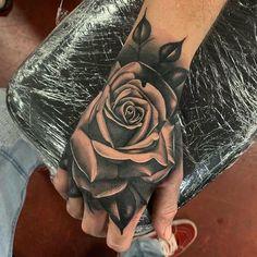 Dope Tattoos For Women, Rose Tattoos For Men, Hand Tattoos For Guys, White Tattoos, Tattoo Black, Flower Tattoo Hand, Skull Hand Tattoo, Tattoo Rosa Na Mao, Rosen Tattoo Mann