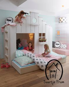 Designing your kid's bedroom must be a fun, yet challenging job. If you feel like you want to give unusual touch to the room, then you might want to have a big upgrade for the interior by using one of these beds from Saartje Prum. Bunk Beds For Girls Room, Kid Beds, Girls Bedroom, Bedroom Decor, E Room, Kids Room, Childrens Beds, Little Girl Rooms, Kid Spaces