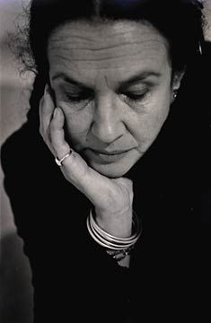 Mary Ellen Mark, photographed by Tito Sanpaolesi, March 2000 Fine Art Photography, Portrait Photography, Mary Ellen Mark, New York Times Magazine, Photographer Pictures, Make Pictures, Old Images, Face Expressions, Advertising Photography