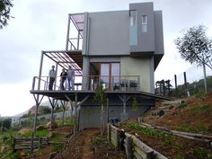 Hemp is sustainable! Looking forward to seeing more homes like this!