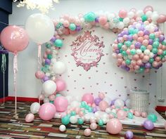 Super baby shower ideas for girs balloons decoration Ideas Baby Shower Balloons, Baby Shower Parties, Baby Shower Themes, Baby Shower Decorations, Shower Ideas, 1st Birthday Party For Girls, Unicorn Birthday Parties, Baby Birthday, Birthday Ideas