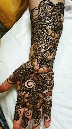 187 Best henna palm images in 2020 Traditional Mehndi Designs, Latest Arabic Mehndi Designs, Latest Bridal Mehndi Designs, Full Hand Mehndi Designs, Henna Art Designs, Mehndi Designs 2018, Mehndi Designs For Beginners, Modern Mehndi Designs, Mehndi Designs For Girls