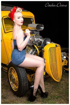 Cars and pinups they will never get old