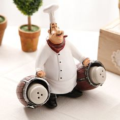 Chef Kitchen Decor, Kitchen Supplies, Decorated Jars, Pasta Flexible, Tole Painting, Air Dry Clay, Retro, Polymer Clay, Crafts
