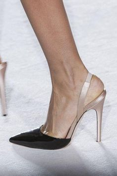 Haute Couture #Giambattista_Valli, Spring 2014 - Details #shoes #accessories www.bebuzee.com