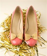 Gold Plated Mesh Shoe Clips: Very chic! $45 #Shoe_Clips #ban_do