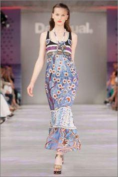 Vestida maxi de Eclectic - $165.60 (http://www.desigual.com/en_US/womens-clothing/dresses/prod-cindy-21V2L02)