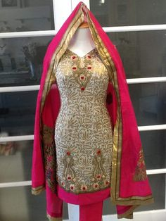#StylishSalwarSuit #SalwarSuitOnline #DesignerSalwarSuitOnSale #LatestSalwarSuitIndia Maharani Designer Boutique www.maharanidesigner.com For any more information contact on WhatsApp or call 8699101094
