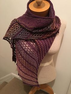 The tunisian crochet Butterfliege wrap was inspired by the lovely crocheted Cate's Wrap and the amazing knitted Nymphalidea.