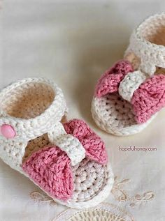 Bonbon Baby Sandals - Giveaway + Crochet Pattern                                                                                                                                                                                 More