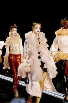 Finale Walk for Dior Fall/Winter 2003 runway galliano fashion couture Couture Fashion, Paris Fashion, John Galliano, Christian Dior, Fall Winter, Runway, Coat, Instagram Posts, Dresses