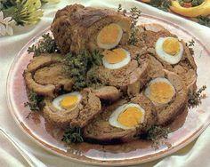 #Rotolo di #agnello #ripieno - Il rotolo di agnello ripieno mi piace particolarmente in quanto adoro l'agnello e le uova sode; per me e' un secondo da favola. Ricetta su http://www.treschef.com/rotolo-di-agnello-ripieno-2/
