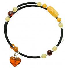 Bracelet en ambre naturel multicouleurstyle accordeon sur 2 tours avec différentes pierres de taille d'ambre et petit cœur d'ambre. Diamètre approximatif: 5 cm Poids approximatif: 4-5 grammes