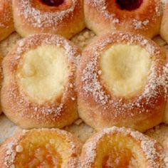 Aunt Irene's KOLACHE * Yeast Pastry * APRICOT or CHEESE filling ** 2 rise times, but no kneading ** OLD family recipe **
