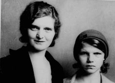 Nan Britton, left, and her daughter, Elizabeth Ann Britton, in DNA tests reveal that President Warren G. Harding was Elizabeth Ann's father. Presidential Portraits, Presidential History, All Us Presidents, American Presidents, Warren Harding, Warren G, Dna Results, Ex President, Historical Images