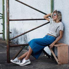 LOOKSLY- - Camila Milagres com pantacourt jeans e blusa de listras do Verão 2017