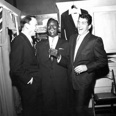 Frank Sinatra, Nat King Cole and Dean Martin Photographic Print: Nat King Cole by Howard Morehead : Dean Martin, Joey Bishop, Vintage Hollywood, Classic Hollywood, Franck Sinatra, Nat King, King Cole, Alabama, Junior